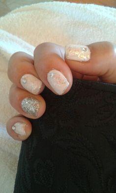 Snowhite. Francamente mdq uñas esculpidas y nail art en Mar del plata.