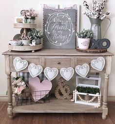Trendy Farmhouse Entryway Table Decor Vignettes Ideas 2019 Trendy Farmhouse Entryway Table Decor Vignettes Ideas The post Trendy Farmhouse Entryway Table Decor Vignettes Ideas 2019 appeared first on Entryway Diy. Farmhouse Entryway Table, Farmhouse Decor, Antique Farmhouse, Modern Farmhouse, Farmhouse Kitchens, Entryway Tables, Valentine Day Love, Valentine Day Crafts, Her Wallpaper