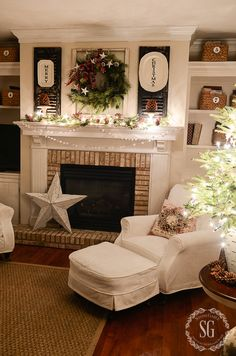 living room xmas decor love the large star! Christmas Night, Christmas Mantels, Noel Christmas, Country Christmas, All Things Christmas, Christmas Decorations, Xmas, Fire Place Christmas Decor, White Christmas