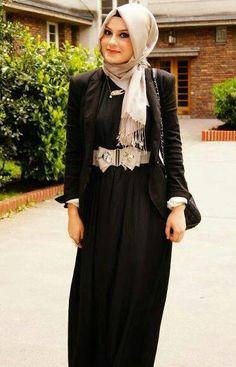 Black & Cream Hijab