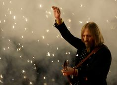 Tom Petty and the Heartbreakers performing at the Super Bowl XLII halftime show in 2008