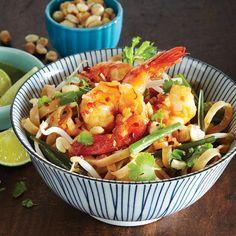 Shrimp Pad Thai [Healthy, Whole grain, Gluten-free, Wheat-free, Seafood, Thai, Asian, Stir-fry, Saute, Brown rice noodles, Vegetables, Scallions, Fish sauce, Peanut, Lime, Citrus, Tamarind paste] *