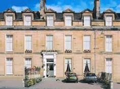 Edinburgh is just a city and essential for browsing when staying in cheap hotels in Edinburgh