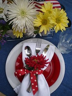 4th of july placesetting www.tablescapesbydesign.com https://www.facebook.com/pages/Tablescapes-By-Design/129811416695