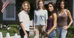 """Acht Jahre lang verzauberten uns Gaby, Bree, Susan und Lynette, bis die verzweifelten Hausfrauen aus Fairview im Mai 2012 die Wisteria Lane für immer verließen. Doch """"Gabrielle""""-Darstellerin Eva Longoria ist nun zurückgekehrt. Bedeutet das ein Comeback für die """"Desperate Housewives""""?"""