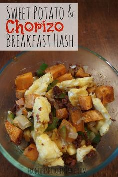 Chorizo and Sweet Potato Hash! This easy breakfast in a skillet is super flavorful and with approved chorizo is even Whole30 and Paleo approved! Need to try this right away. Whole 30 Breakfast, Breakfast Hash, Healthy Breakfast Recipes, Healthy Recipes, Breakfast Ideas, Delicious Recipes, Free Recipes, Paleo Ideas, Breakfast Potatoes