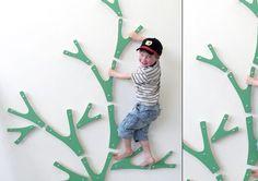 buskas01_Kletterwand_Baum                                                                                                                                                                                 Mehr