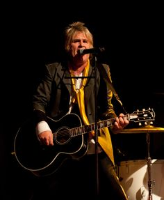 Mike Peters of The Alarm (2012)