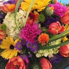 Flowers make me happy! #mossmountainfarm #garden2grow2016 #gratitude #joy #sharethebounty #naturalbeauty #naturally