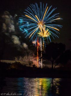 Desert Fireworks - Fountain Hills by Pat Kofahl on 500px