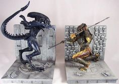 AvP bookends by Diamond Select  WANT!