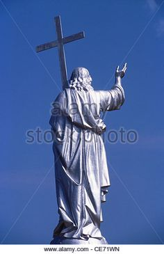 JESUS Holding Cross Statue | HMA 81776 : statue of Jesus christ holding crucifix ; goa ; india ...