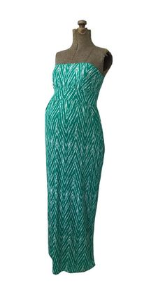 The Jacqueline Jade Green Maxi Dress from Heritwine Maternity. Maternity Fashion, Spring Maternity, Jade Green, Summer Dresses, Formal Dresses, Green Maxi, Style Inspiration, Clothes, Collection