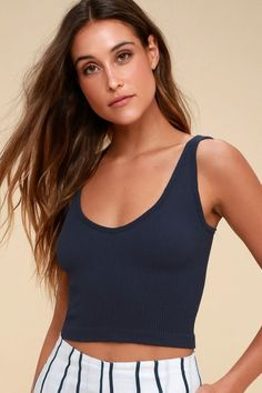 The Free People Solid Rib Navy Blue Cropped Tank Top loves to be styled simply or layered luxuriously! Super-stretchy, lightweight ribbed knit forms this essential tank top with a V-neck, wide straps, and a cropped bodice. Ribbed Crop Top, Cropped Tank Top, Long Sleeve Crop Top, Crop Tank, Tank Tops, Tank Top Outfits, Navy Blue Crop Top, Trendy Summer Outfits, Casual Tops For Women