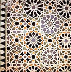 Google Image Result for http://www.dismountcreative.com/wp-content/uploads/2010/11/Alhambra-pattern2.jpg