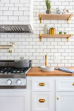 White Kitchen Shelf white + wood + subway tile + open shelving.#uooncampus #uocontest