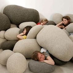 I would love to make some of these for our house!!  Big, soft, rocks.  Yesss