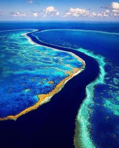 Great barrier reef australia  #greatbarrierreef #australia #travelgoals #travelblogger #traveller #amazingpictures #amazingplaces #instagood #instagramhub #instagram #luxuryplaces #paradise #sea #ocean by luxury_goals_1 http://ift.tt/1UokkV2