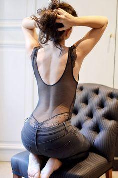 Entre la mode changeante et notre morphologie, pas facile de s'y retrouver côté lingerie… Voici les pièces...