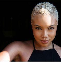 Loving the blonde! Simple and chic #twa #bigchop #teamnatural #naturalgirls #naturalhair