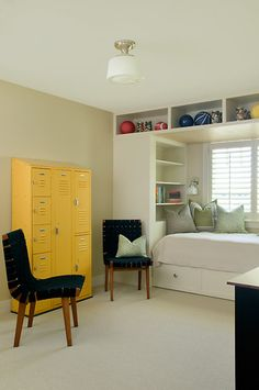 Kids Bedroom with Built-In Bed -- LOVE the yellow lockers!