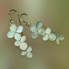 Hydrangea Flower Earrings, Botanical Earrings, Dangle Earrings, Silver Drop…
