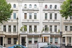 3 bed flat for sale in Queen's Gate, London