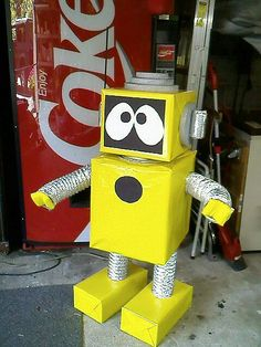 """Decorations or Cut a hole in the belly and let it be an """"offering robot"""" Robot/Body soapbox/legs straws/feet small candy boxes/ head foam cubes Projects For Kids, Crafts For Kids, Arts And Crafts, Robots For Kids, Art For Kids, Make A Robot, Robot Classroom, Cardboard Robot, Maker Fun Factory Vbs"""