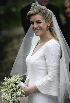 not quite a British royal bride, but close....Laura Lopes, daughter of Camilla, the Duchess of Cornwall and Andrew Parker Bowles.
