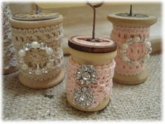 I have had this jar of wooden thread spools for several years so when I saw this idea on Pinterest, I jumped right in and made a few.   ...