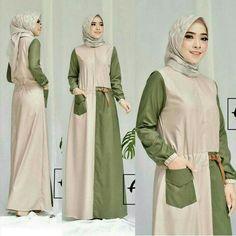Modern Hijab Fashion, Muslim Women Fashion, Abaya Fashion, Fashion Dresses, Muslimah Wedding Dress, Hijab Style Dress, Model Baju Hijab, Batik Muslim, Muslim Long Dress