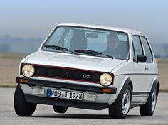 Середина 1970-х была для Volkswagen временем эйфории. Компания процветала после бурных успехов Sirocco, и Golf. Volkswagen на деле пытался следовать по пути рыночной стратегии Ford-