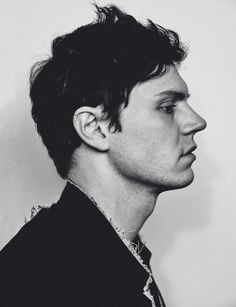 Evan Peters. The obsession has started. Not your typical boy next door. Dark…