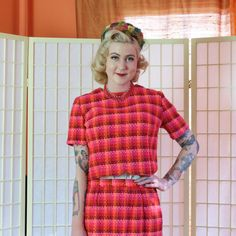 Vintage Plaid Pencil Skirt & Boxy Top . 1960's Mod Hot Pink Woven Suit  . Orange Red Pink Rust . 9 to 5 Office Cutie . Psychedelic 60's .