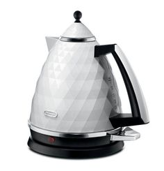 DeLonghi 's Faceted Home Appliances For Stylish Breakfasts