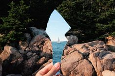 Interesting Photo of the Day: Broken Mirror Reflection