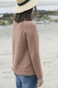 carina pullover by isabell kraemer / from the tern 2016 collection / in quince & co. tern, color terra cotta