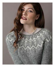 The Art of Circular Yokes / liveinternet in english many nice patterns here! Vogue Knitting, Lace Knitting, Knit Crochet, Fair Isle Knitting Patterns, Icelandic Sweaters, Nordic Sweater, Knitting Magazine, Sweater Design, Service