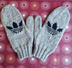 Knitted Mittens Pattern, Knit Mittens, Knitting Socks, Knit Socks, Adidas, Diy And Crafts, Gloves, Crafty, Crochet