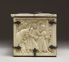 File:French - Casket with Scenes of Romances - Walters 71264 - Right.jpg