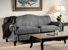 Early Settler, loooove this couch! Furniture Decor, Painted Furniture, Early Settler, Lounge Ideas, Dream Decor, Upholstered Chairs, Interior Styling, Sofas, Beach House