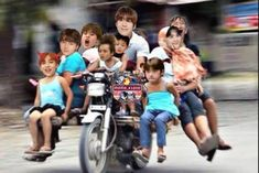 all aboard wife kids cousins friends of. Funny Kpop Memes, Exo Memes, Blank Memes, Wife And Kids, Photo Grouping, Fandom Memes, K Pop Star, Cartoon Icons, Wattpad