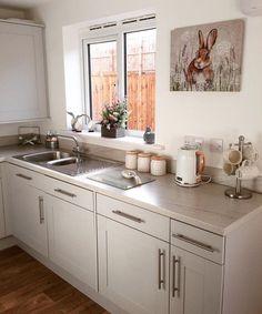 Home Decor Kitchen, Diy Kitchen, Kitchen Interior, Home Kitchens, Kitchen Cabinets, Kitchen Ideas, Persimmon Homes, Cuisines Design, Small Spaces