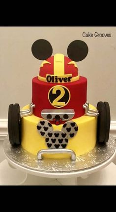 Cars birthday party cake mickey mouse new ideas Bolo Mickey, Minnie Y Mickey Mouse, 5th Birthday Cake, Mickey Mouse Clubhouse Birthday Party, Mickey Mouse Parties, Mickey Birthday, Cars Birthday Parties, Mickey Party, Elmo Party