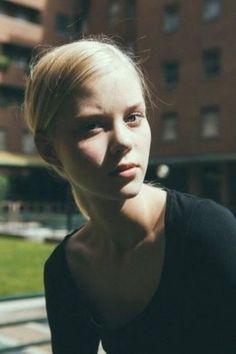 Mega Model Agency - Amalie S