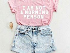 0-t-shirt-personnalisable-couleur-rose-femme-moderne-avec-t-shirt-personnalisables