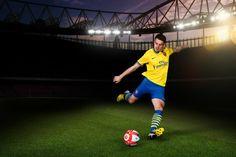 Arsenal away kit 2013/2014