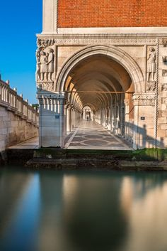 Doge's Palace in Venice by Andrey Omelyanchuk - Italy Venice Travel, Italy Travel, Places To Travel, Places To Visit, Architecture Classique, Regions Of Italy, Italy Vacation, Venice Italy, Destinations