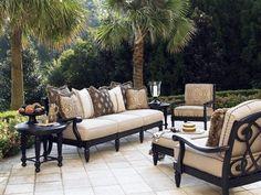 Tommy Bahama Outdoor Kingstown Sedona Lounge Set