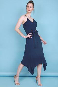 5eb0f5f0d3 Vestido confeccionado em tecido humaita bem macio e que não amassa com  decote transpassado e saia